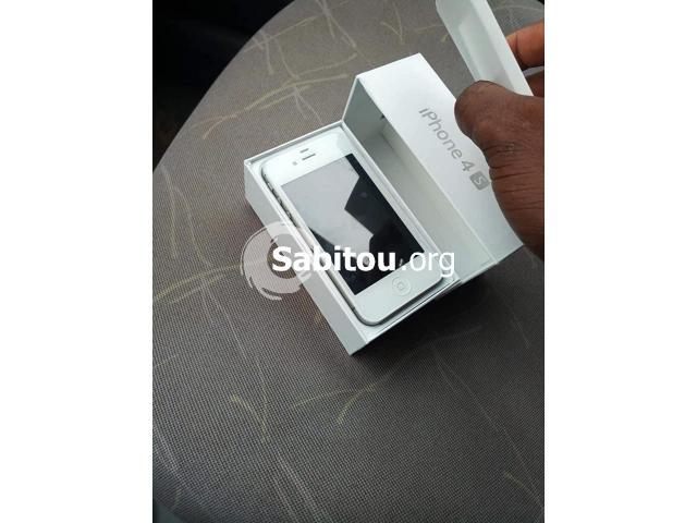 IPhone 4S neuf - 2/5