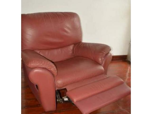 Fauteuil de relaxation en cuir - 1/2