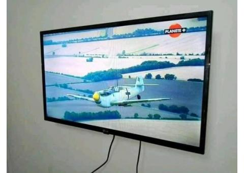 "Led TV LG original 32"" full HD a 80mil. Facture disponible"