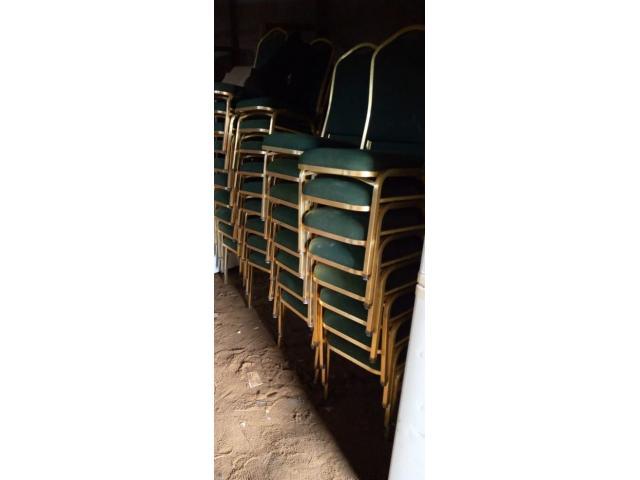 chaises de cérémonies  - 1/1