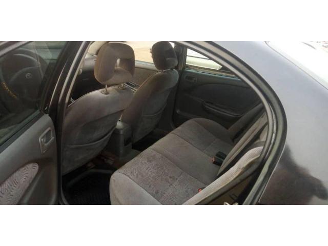 Avensis berline - 2/5
