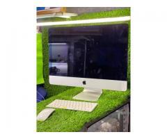 iMac 2014.  intel core I5  - 5/8