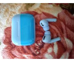 airpods pro - 6/7