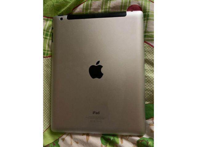 Tablette iPad 4 - 1/3