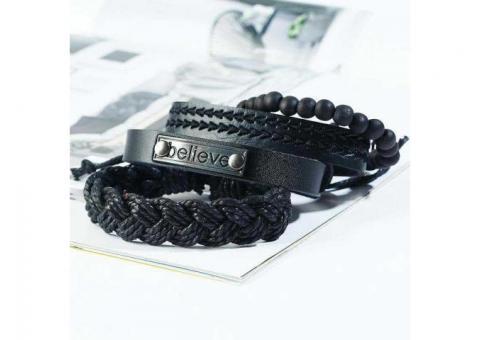 Ensemble de 4 bracelets en cuir
