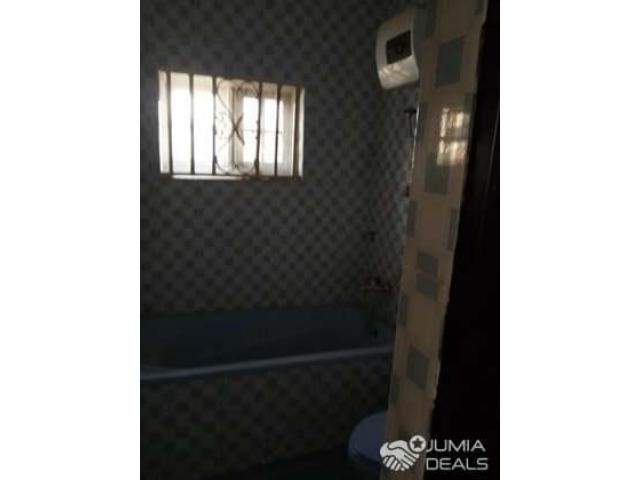 3 Bedroom Apartment At Empire Garden Estate - 3/8