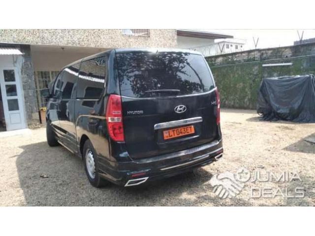 Hyundai H-1 2014 - 1/8