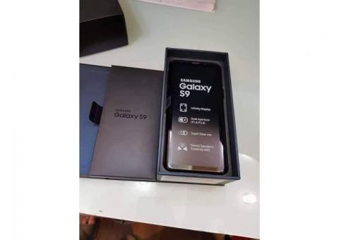 SAMSUNG GALAXY S9 | 01 SIM 4G - 64o 4Go RAM - 3000mAh| Neuf Complet