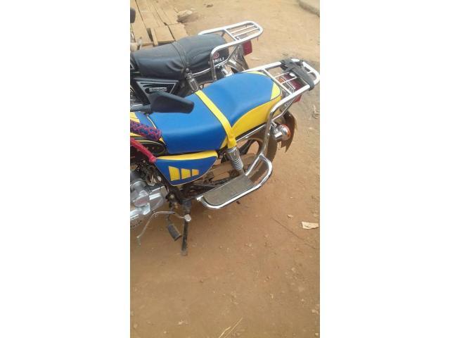 Moto nanfang gold bien propre 1 mois d'utilisation - 3/3